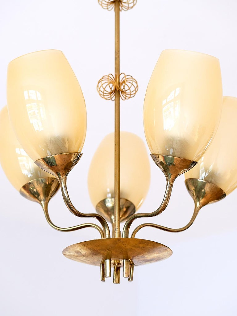 Paavo Tynell Five Arm Brass Chandelier Designed for Kuopio Hospital, Taito, 1949 For Sale 1