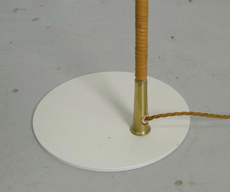 Paavo Tynell Floor Lamp, Taito Oy Finland Model K10-10 1940s, Signed For Sale 1