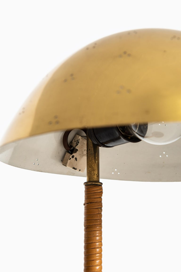 Paavo Tynell Table Lamp Model Kypärä by Taito Oy in Finland In Good Condition For Sale In Malmo, SE