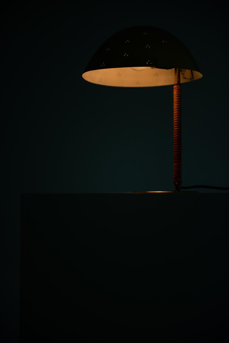 Mid-20th Century Paavo Tynell Table Lamp Model Kypärä by Taito Oy in Finland For Sale