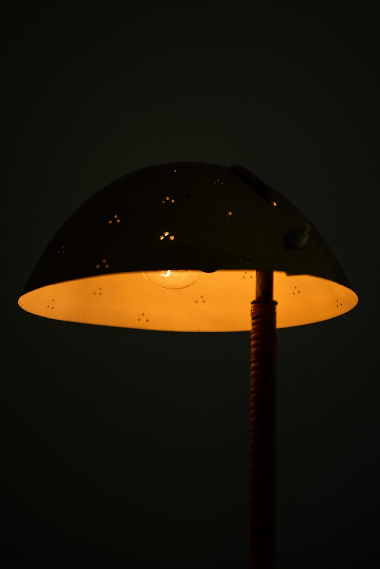 Paavo Tynell Table Lamp Model Kypärä by Taito Oy in Finland For Sale 1