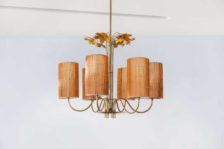 Scandinavian Modern Paavo Tynell, Large Chandelier with Six Snowflakes, Brass, Reed, Taito OY, 1940s For Sale