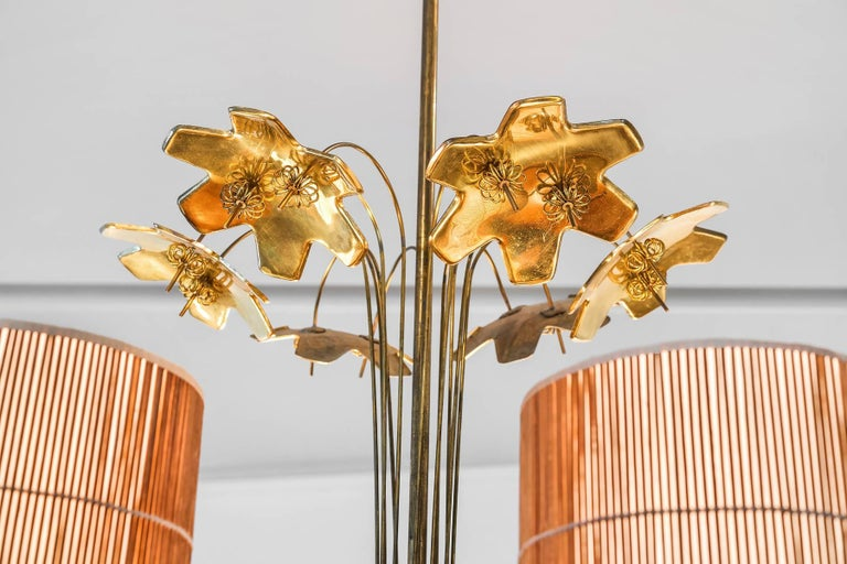 Finnish Paavo Tynell, Large Chandelier with Six Snowflakes, Brass, Reed, Taito OY, 1940s For Sale