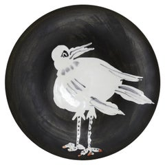 Pablo Picasso 1881-1973 OISEAU NO. 93 'A. R. 486' Terre de faïence plate, 1963