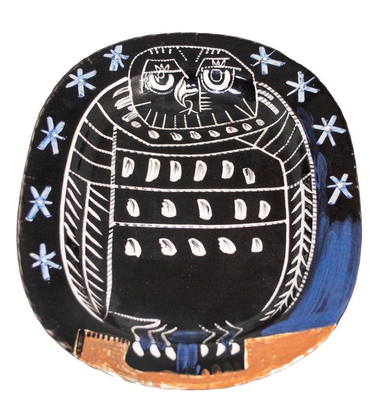 'Bright Owl' original Madoura ceramic rectangular platter, Edition Picasso - Sculpture by Pablo Picasso
