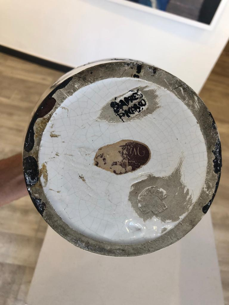 Black and maroon owl. 1951 turned vase. Ceramic For Sale 2