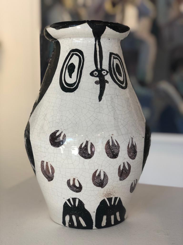 Black and maroon owl. 1951 turned vase. Ceramic