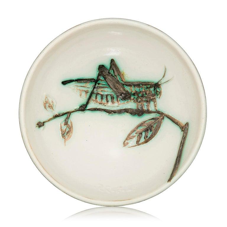 Pablo Picasso Abstract Sculpture - Madoura Ceramic Bowl- Sauterelle sur une Branche, Ramié 258