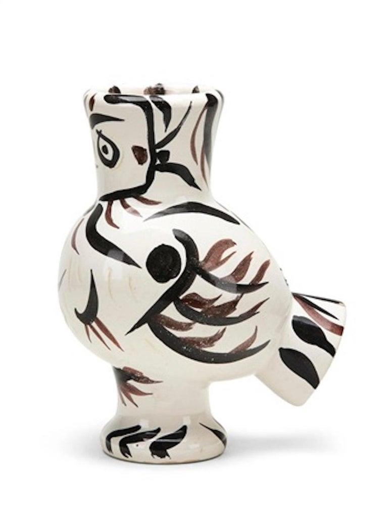 Pablo Picasso Still-Life Sculpture - Madoura Ceramic Pitcher, Chouette Aux Traits, Ramié 122