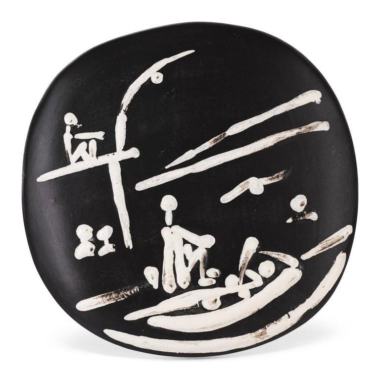 Pablo Picasso Madoura Ceramic Bowl, 'Scéne de Plage,' Ramié 391 - Sculpture by Pablo Picasso