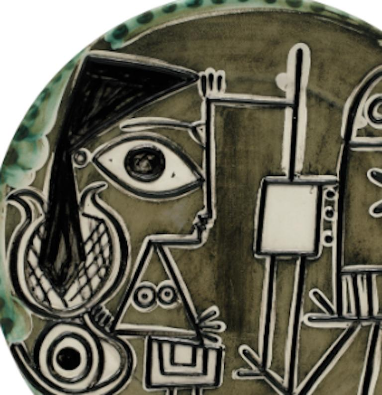 Pablo Picasso Madoura Ceramic Dish - Jacqueline at the easel, Ramié 333 - Abstract Impressionist Sculpture by Pablo Picasso