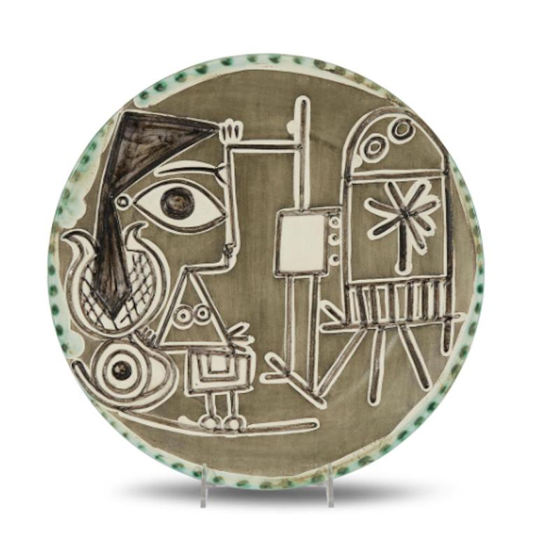 Pablo Picasso Madoura Ceramic Dish - Jacqueline at the easel, Ramié 333 - Sculpture by Pablo Picasso