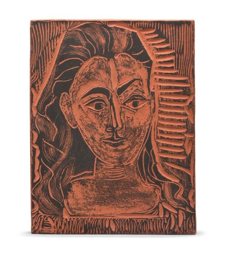 Pablo Picasso Madoura Ceramic Plate 'Petit buste de femme ' Ramié 523 - Sculpture by Pablo Picasso