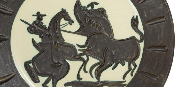 Pablo Picasso Madoura Ceramic Plate - 'Scène de tauromachie,' Ramié 412 - Abstract Impressionist Sculpture by Pablo Picasso