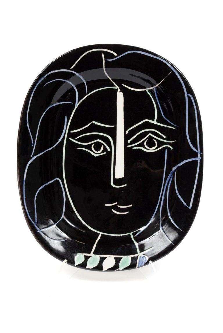 Pablo Picasso Madoura Ceramic Plate 'Visage de femme' Ramié 220 - Sculpture by Pablo Picasso