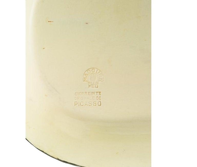 Pablo Picasso Madoura, Corrida verte, Glazed ceramic plate, Ramie 81 - Black Still-Life Sculpture by Pablo Picasso