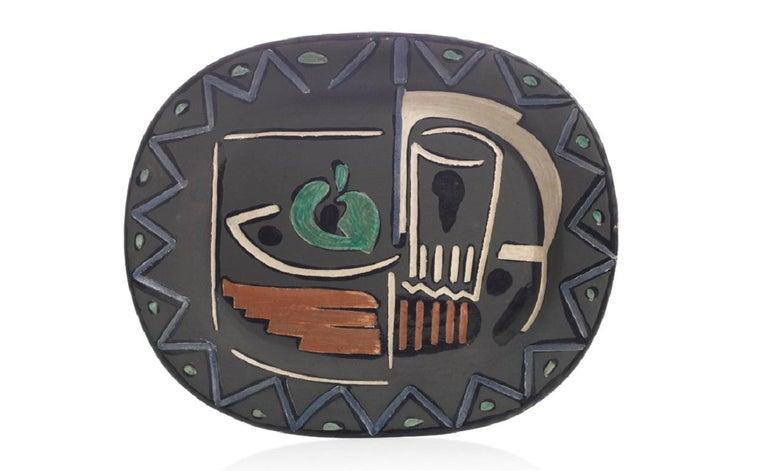 Pablo Picasso Madoura, Nature Morte, Glazed ceramic plate, Ramie 219 - Sculpture by Pablo Picasso