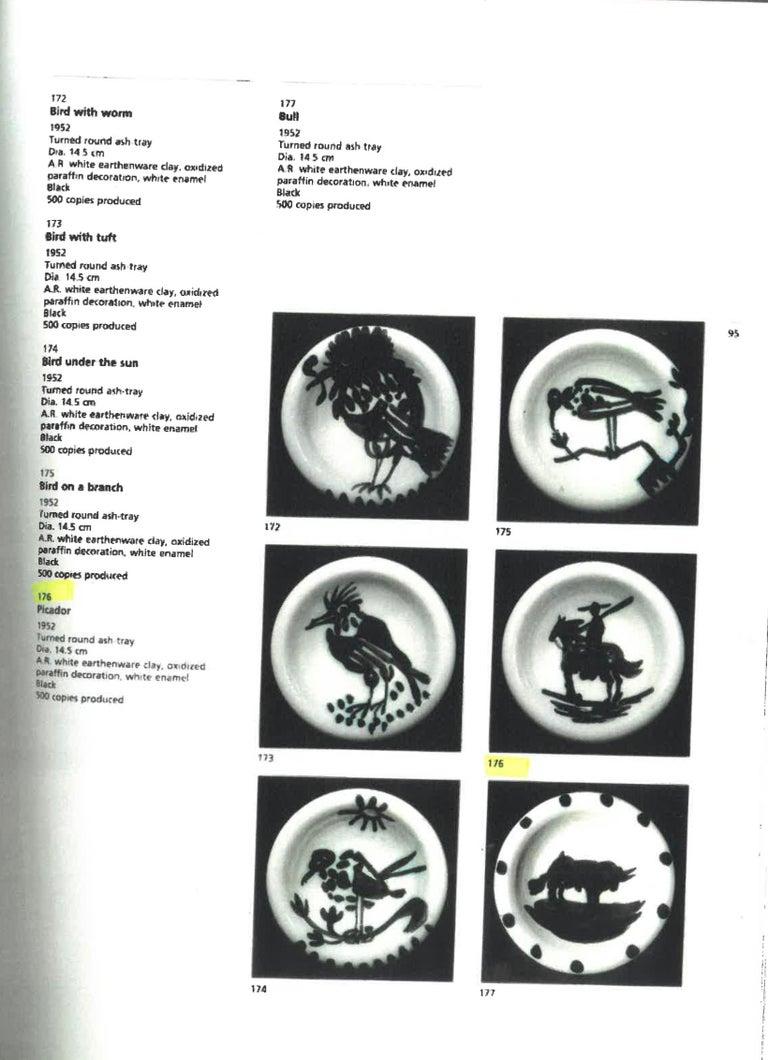 Picador, Pablo Picasso, Ashtray, Design, Sculpture, Ceramic, White, Edition For Sale 1