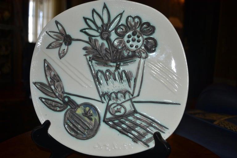 Pablo Picasso Abstract Print - Picasso Madoura Ceramic Ramie 307 Bouquet A La Pomme