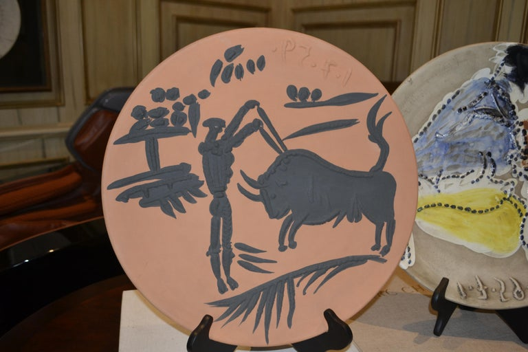 Ramie 427 Picasso Madoura Ceramic - Brown Still-Life Sculpture by Pablo Picasso