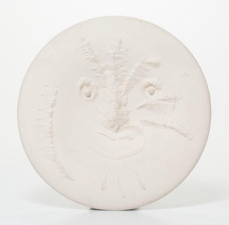 Pablo Picasso Abstract Sculpture - Visage En Gros Relief Ramie 505 Picasso Madoura Ceramic
