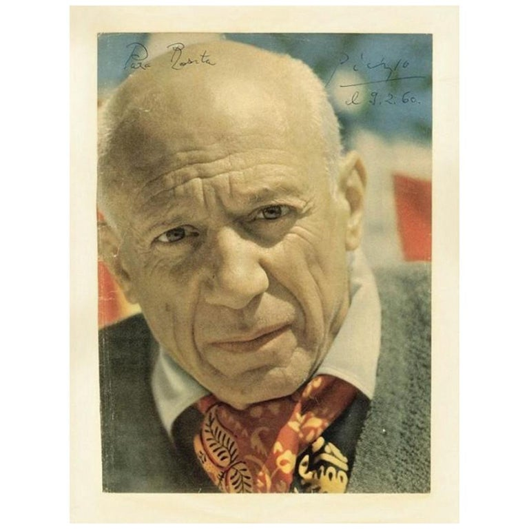 Pablo Picasso Genuine 1960 Signed and Inscribed Magazine Photograph For Sale