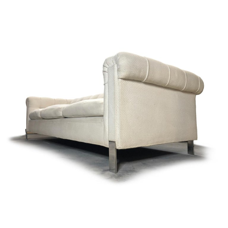 Pace Collection Original White Tufted Tuxedo Sofa on Chrome Legs In Good Condition For Sale In Chattanooga, TN
