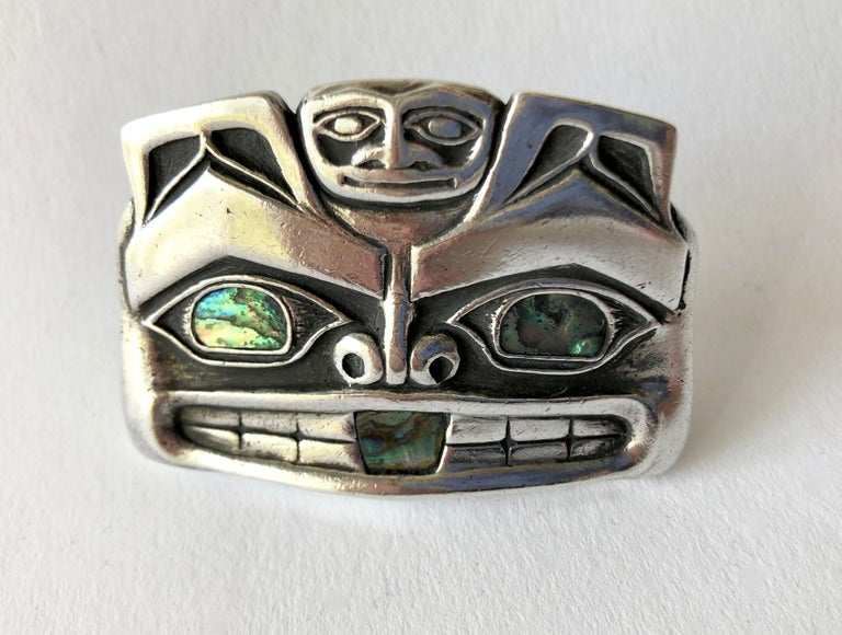 Pacific Northwest Native American Sterling Silver Abalone Mask Money Clip In Good Condition In Los Angeles, CA