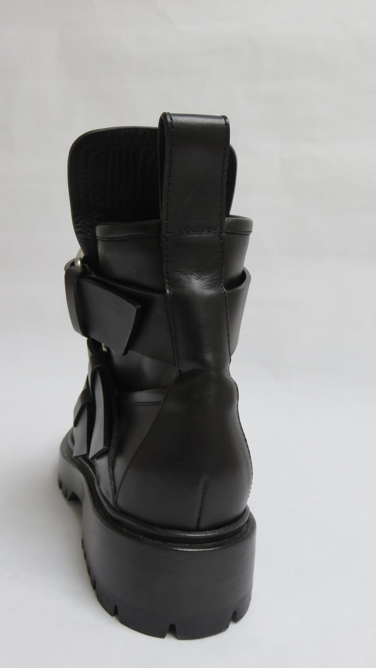 Paco Rabanne New Buckle Ankle Boots EU 37 For Sale 1
