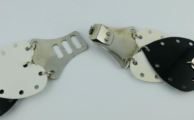 Paco Rabanne Vintage Black and White Rhodoid Heart Belt For Sale 10