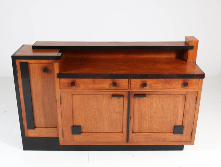 Padouk Art Deco Haagse School Sideboard by Toko v/d Pol Semarang, 1920s In Good Condition For Sale In Amsterdam, NL