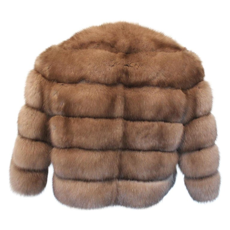 Stunning piece by Pagano, Porto Cervo Fur jacket Russian zybeline, 4 top Reversible Turtledove color Two pockets Weight gr. 500 only (17 oz) Total length cm 50 (19.6 inches) Original price € 19500 Express international shipping included in the price