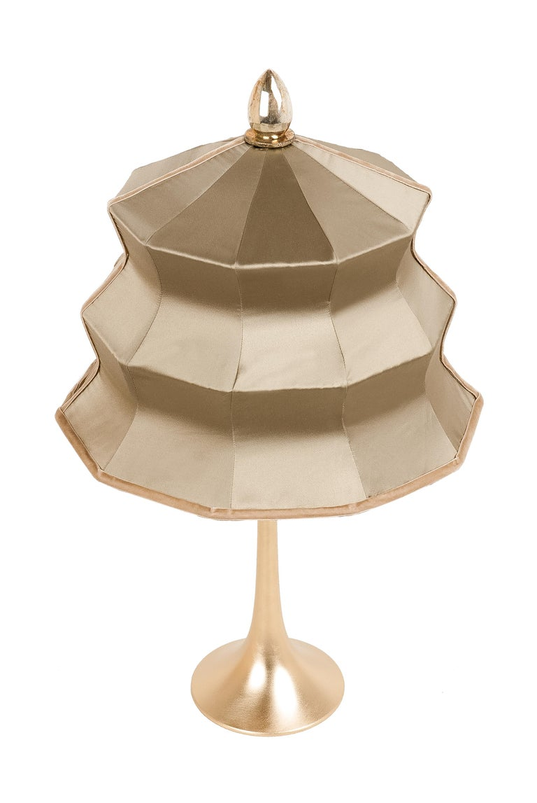 """Italian """"Pagoda"""" contemporary Table Lamp, gold silk, Silvered Crystal Tip, brass     For Sale"""
