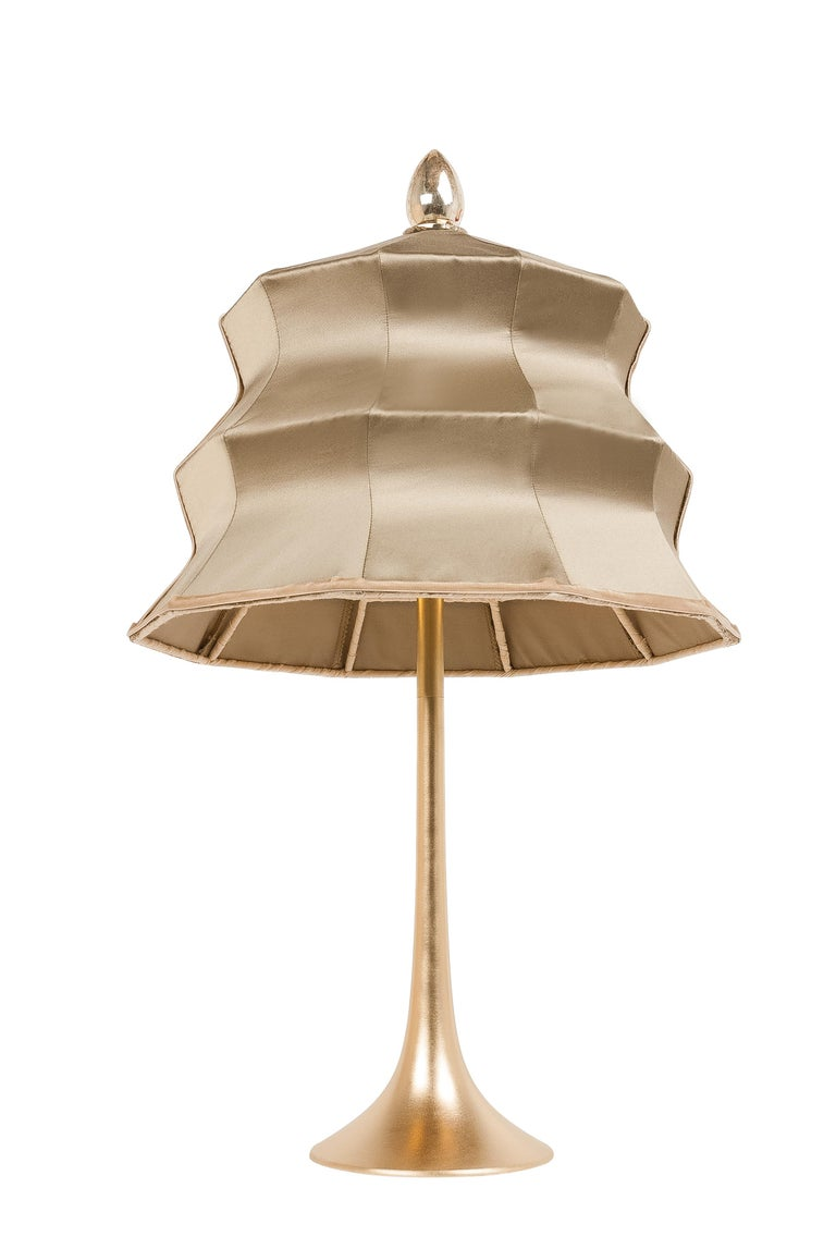 """""""Pagoda"""" contemporary Table Lamp, gold silk, Silvered Crystal Tip, brass     In New Condition For Sale In Pietrasanta, IT"""