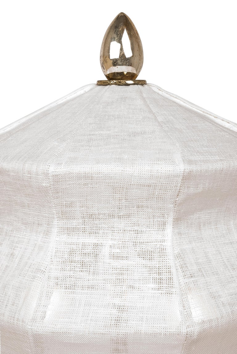 """""""Pagoda"""" contemporary Table Lamp, White Linen, Silvered Crystal Tip, brass   In New Condition For Sale In Pietrasanta, IT"""