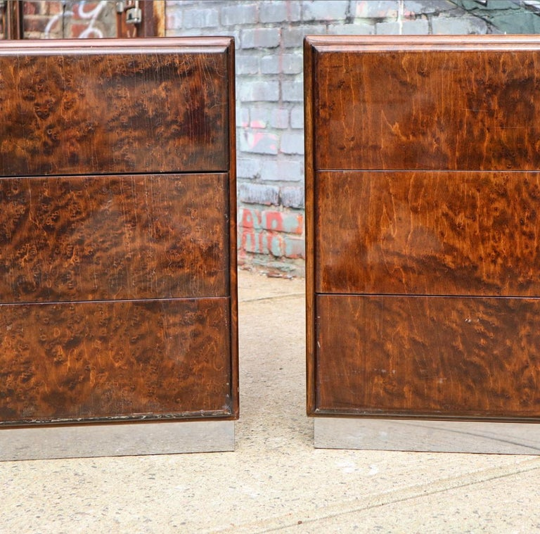 Pair of Matching Milo Baughman Burl Wood Dressers for Thayer Coggin In Fair Condition For Sale In Brooklyn, NY