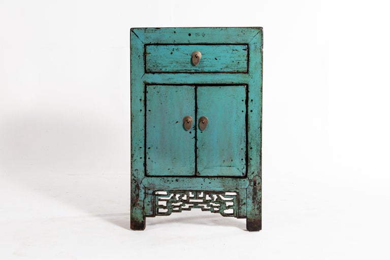 Painted Chinese Cabinet with a Drawer and Pair of Doors For Sale 1