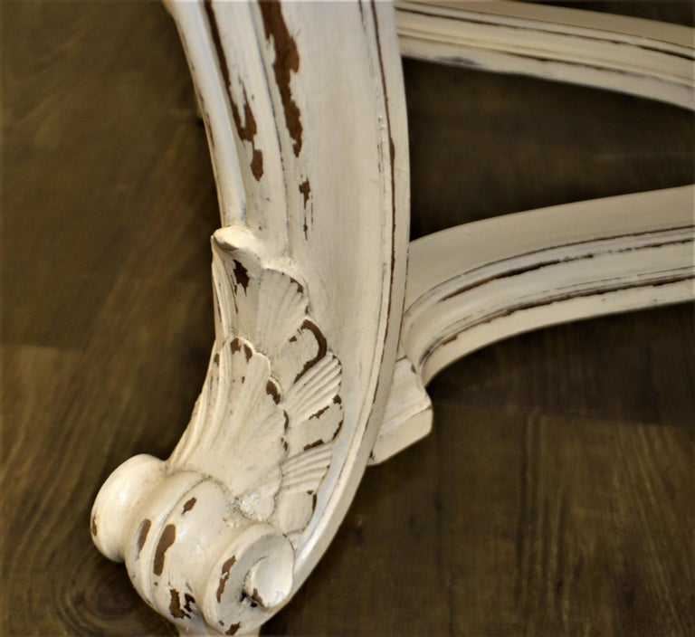 Painted Dining Table from Provence, Attractive Hand Carving on Louis XV Legs In Good Condition For Sale In Oakville, ON