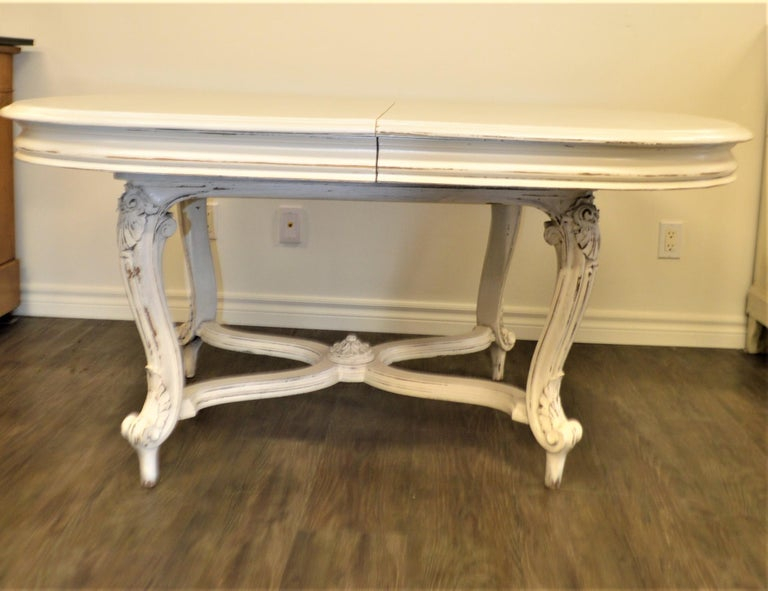 Painted Dining Table from Provence, Attractive Hand Carving on Louis XV Legs For Sale 3