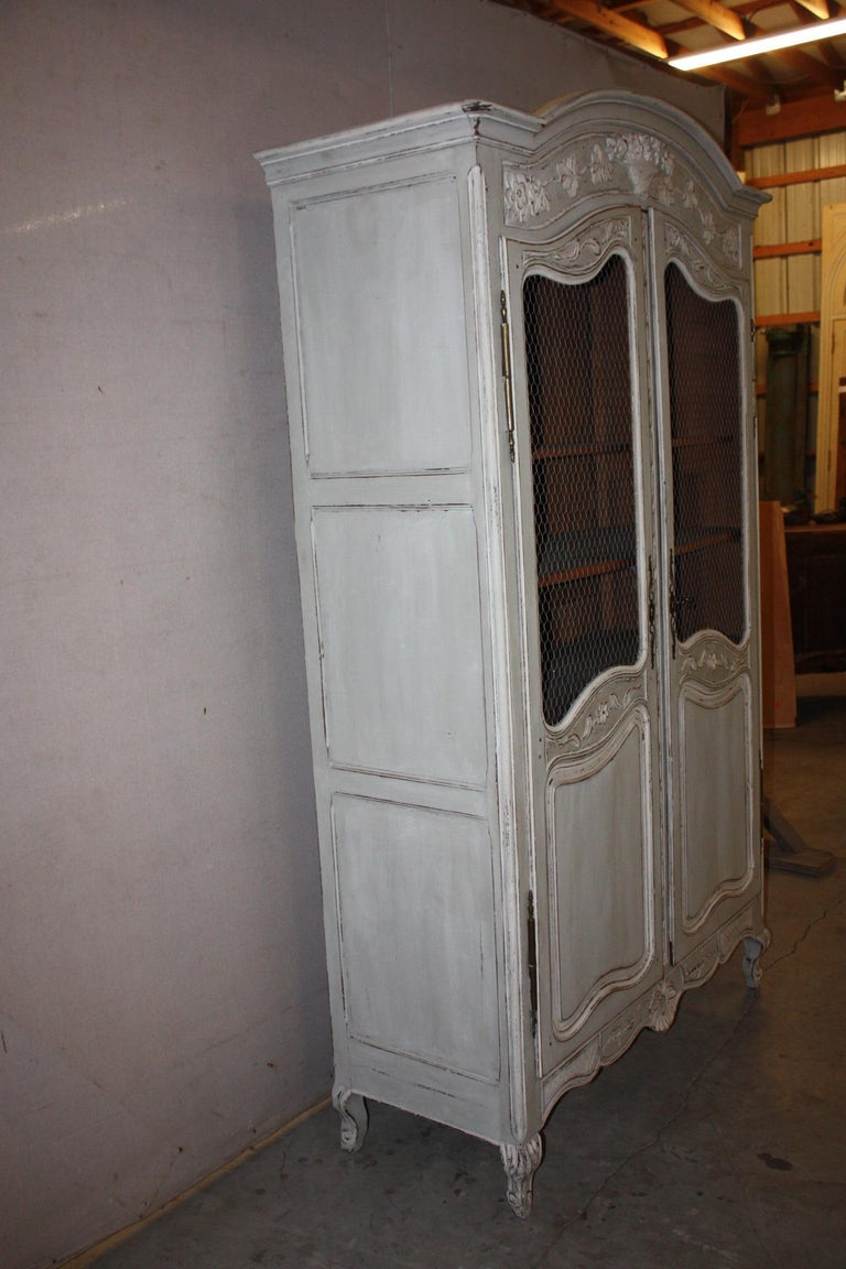 Painted French Armoire with Screen In Good Condition For Sale In Fairhope, AL
