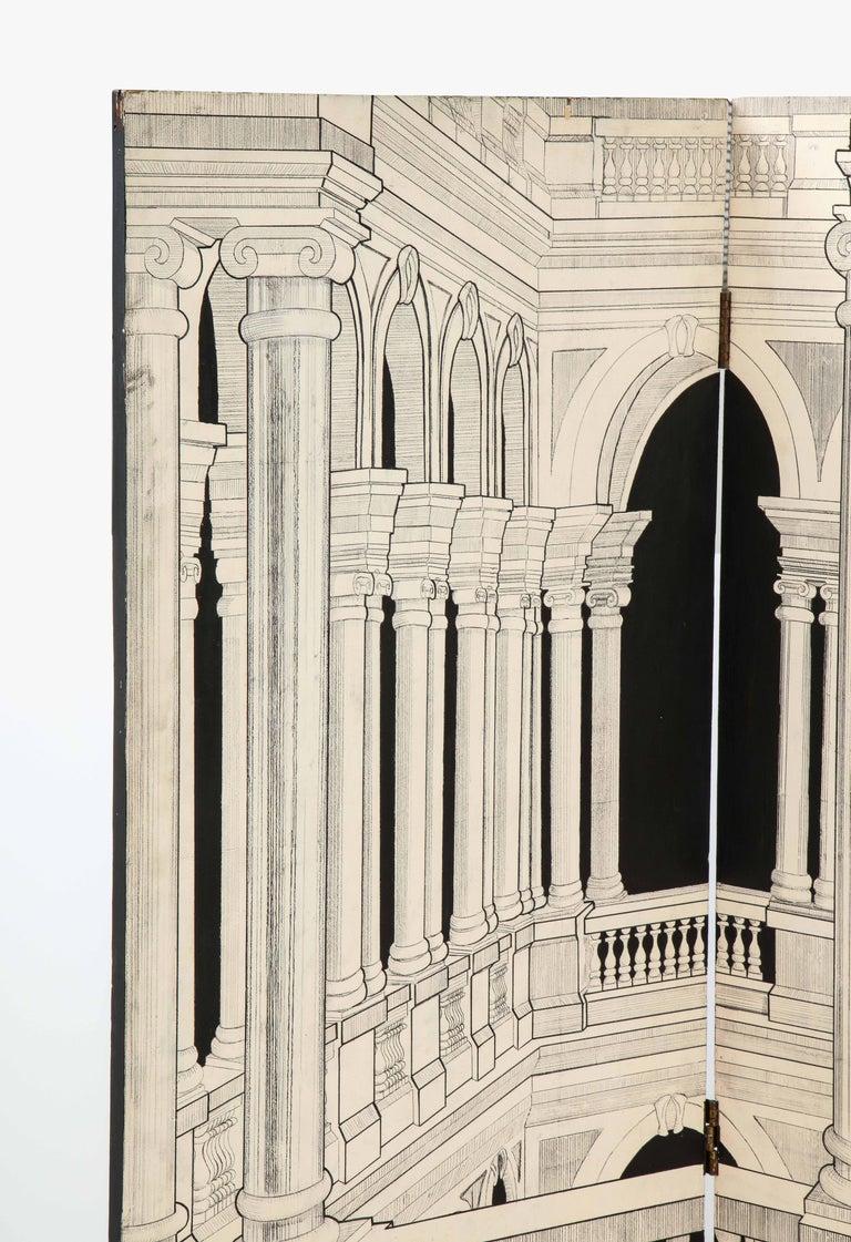 Mid-Century Modern Painted Italian Interior Wood Screen