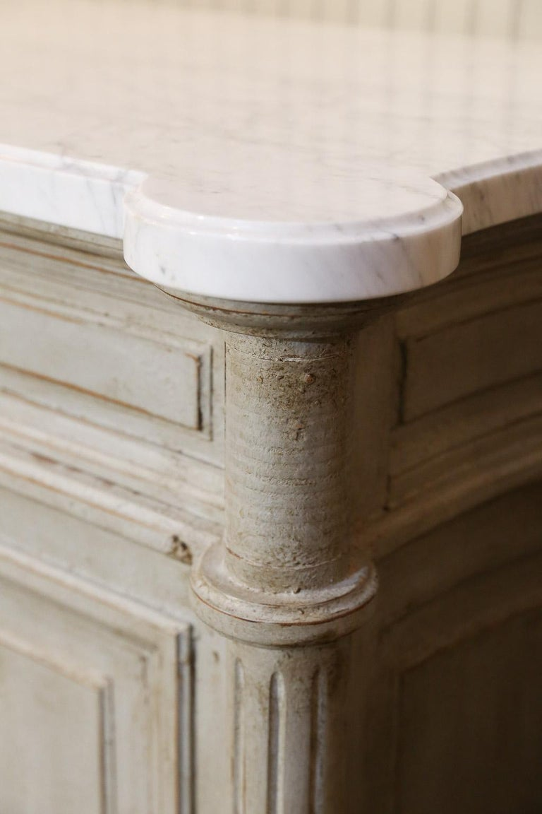 Painted Louis XVI-Style Walnut Enfilade with Shaped White Marble Top For Sale 4
