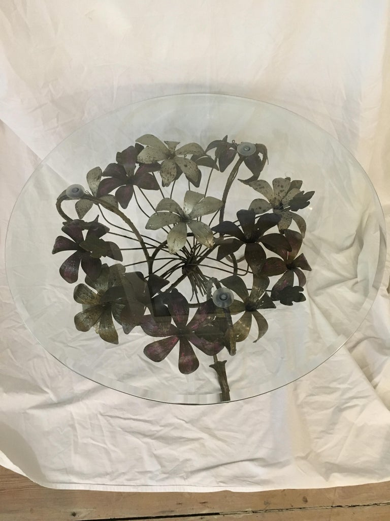Painted Metal Flower Petal Coffee Table with Beveled Glass Top, 1960s For Sale 1
