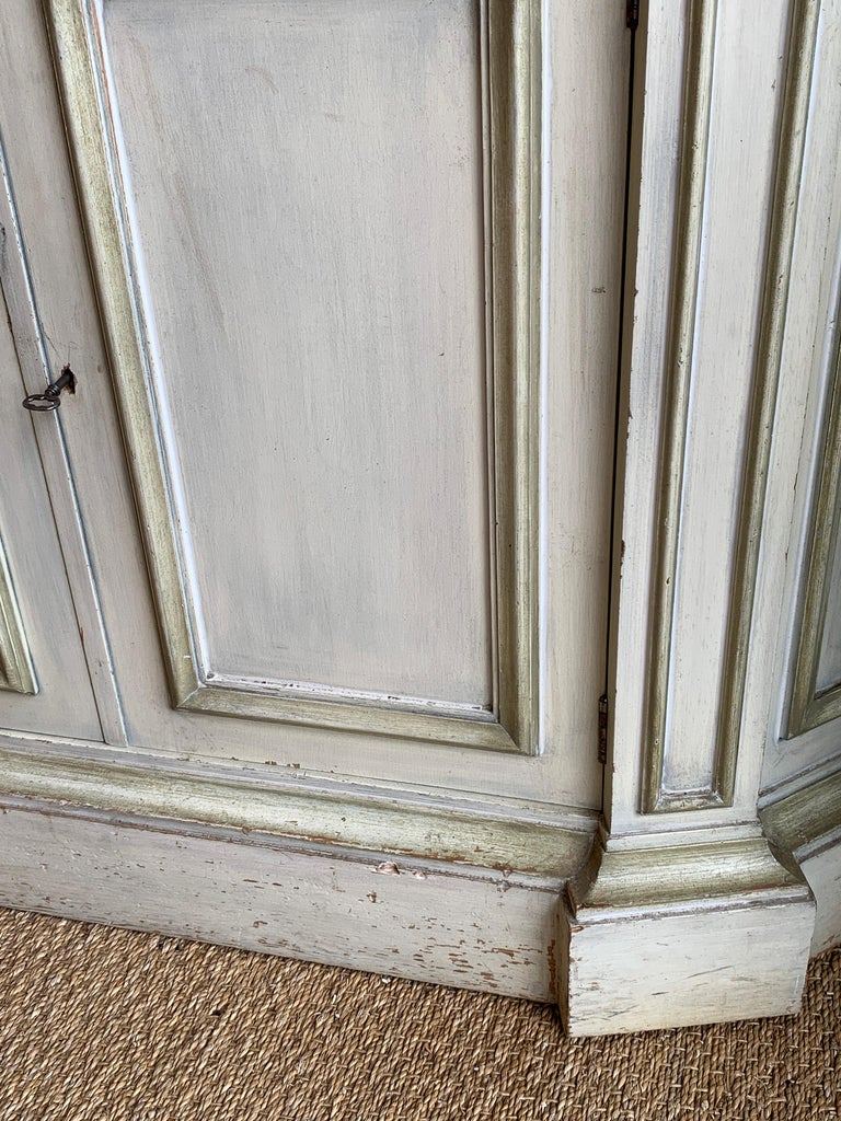 Painted Neoclassical Display Cabinet For Sale 4