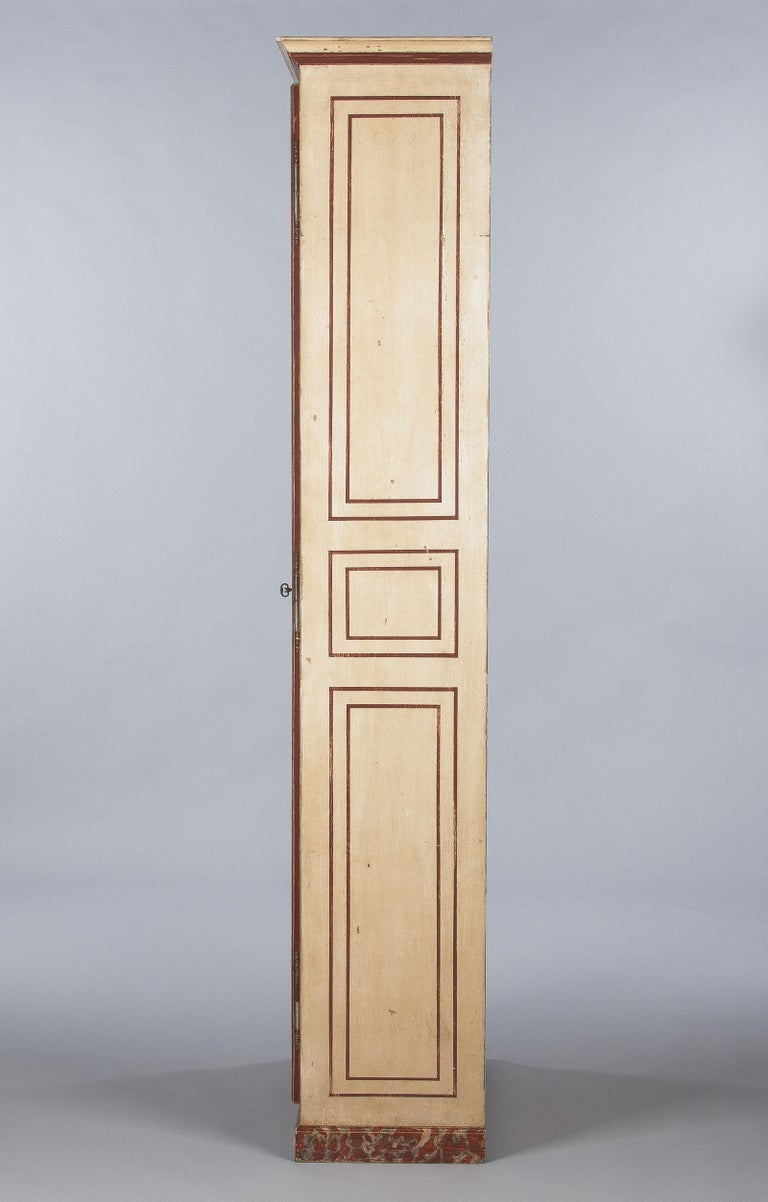 Painted Provencal Vitrine Bookcase, France Midcentury For Sale 8