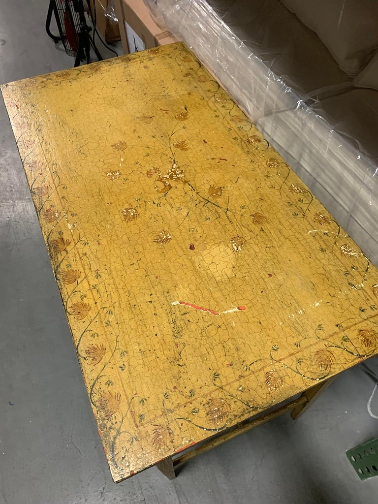 Painted Yellow Regency Writing Table with Drawer, circa 1820 For Sale 4