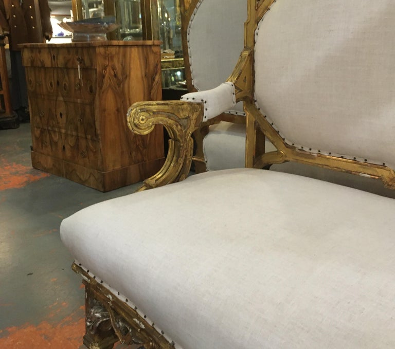 Pair of 1820-1830 Carved Italian Gilt Dragon Settees For Sale 6