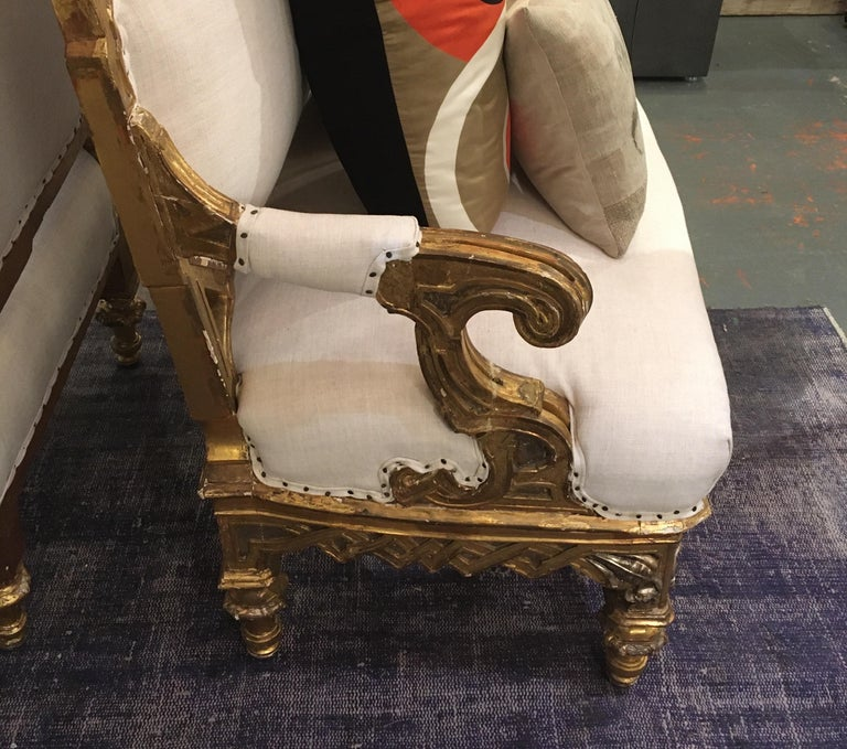 Pair of 1820-1830 Carved Italian Gilt Dragon Settees For Sale 9