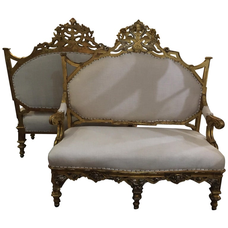Pair of 1820-1830 Carved Italian Gilt Dragon Settees For Sale