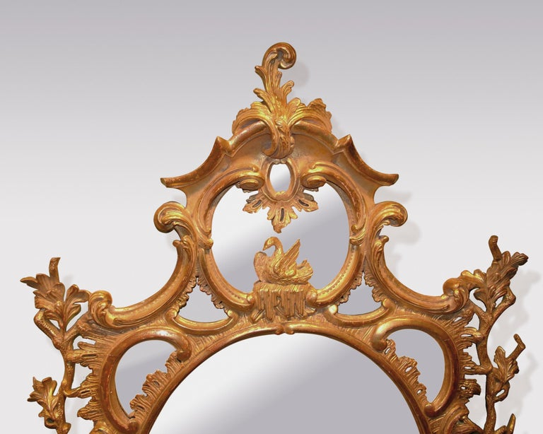 George III Pair of 18th Century Carved Oval Giltwood Mirrors For Sale